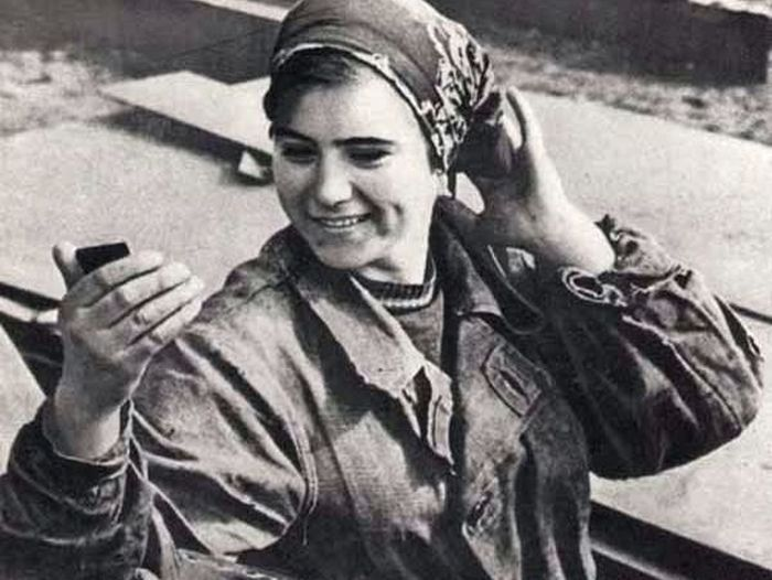 ПОЧЕМУ В СССР ЖЕНЩИНЫ ТОЛСТЕЛИ И СТАРЕЛИ УЖЕ К 30 ГОДАМ?
