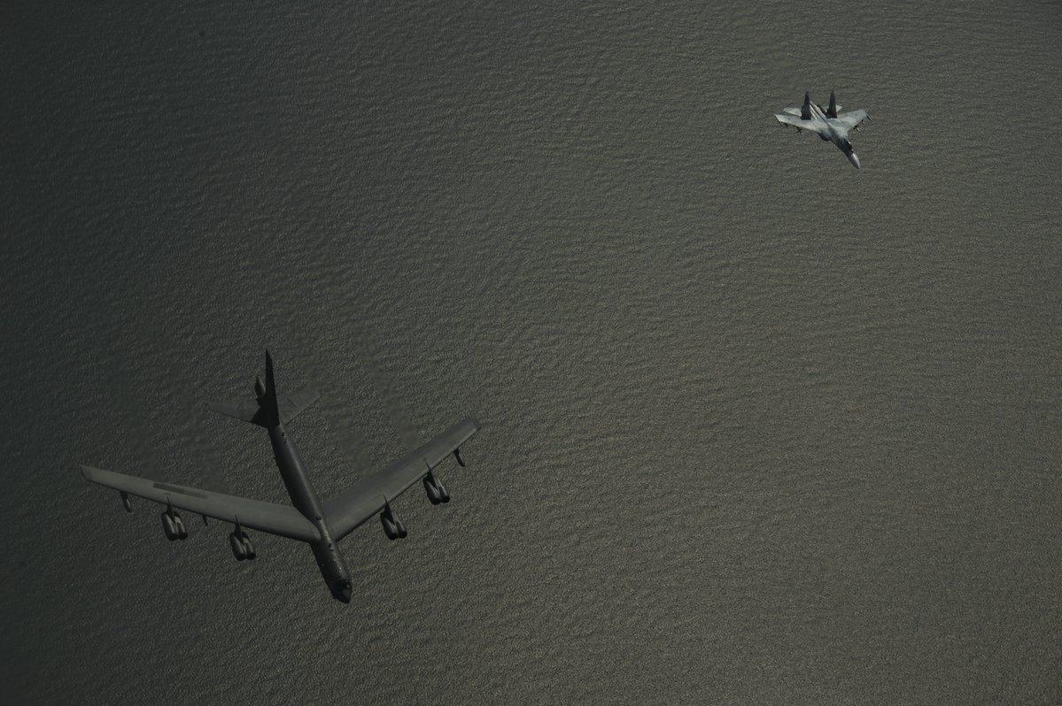 Перехваты стратегических бомбардировщиков США российскими истребителями Су-27 на Балтике