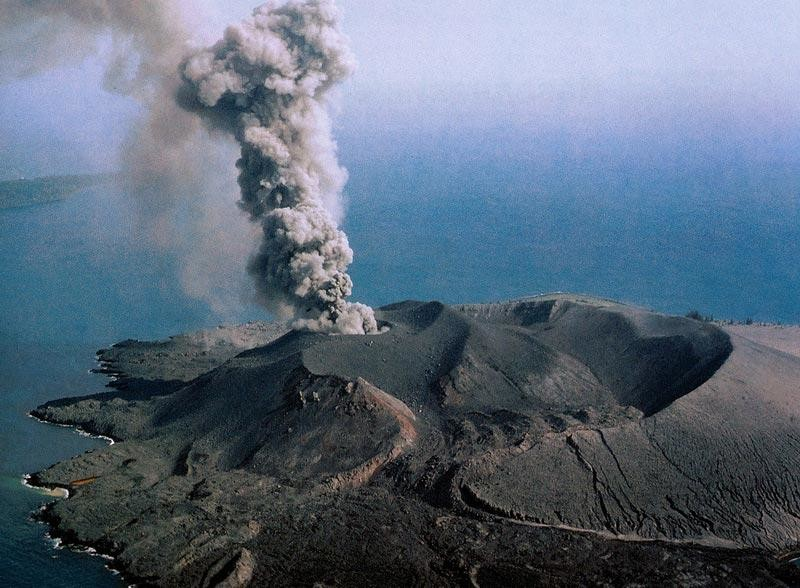 Вулкан, не знавший покоя - Кракатау
