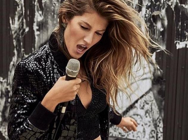 Жизель Бундхен предстала в новой рекламной кампании в образе рок-певицы