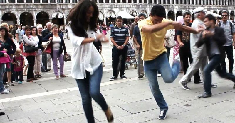 Грузины станцевали посреди центральной площади в Италии. Море эмоций от их выступления!