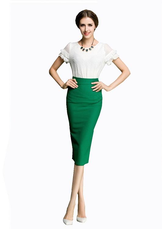 Зеленая блузка с юбкой карандаш