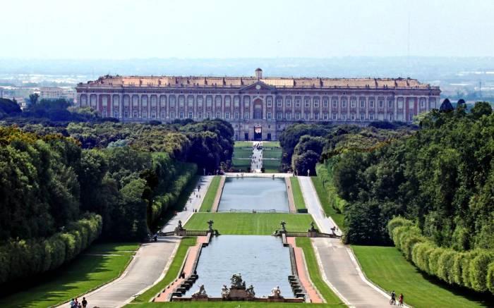 Впечатляющие дворцы нашего Мира