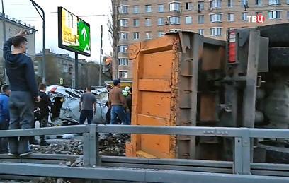 ЦОДД: самосвал с щебнем не имел пропуска для передвижения по Москве