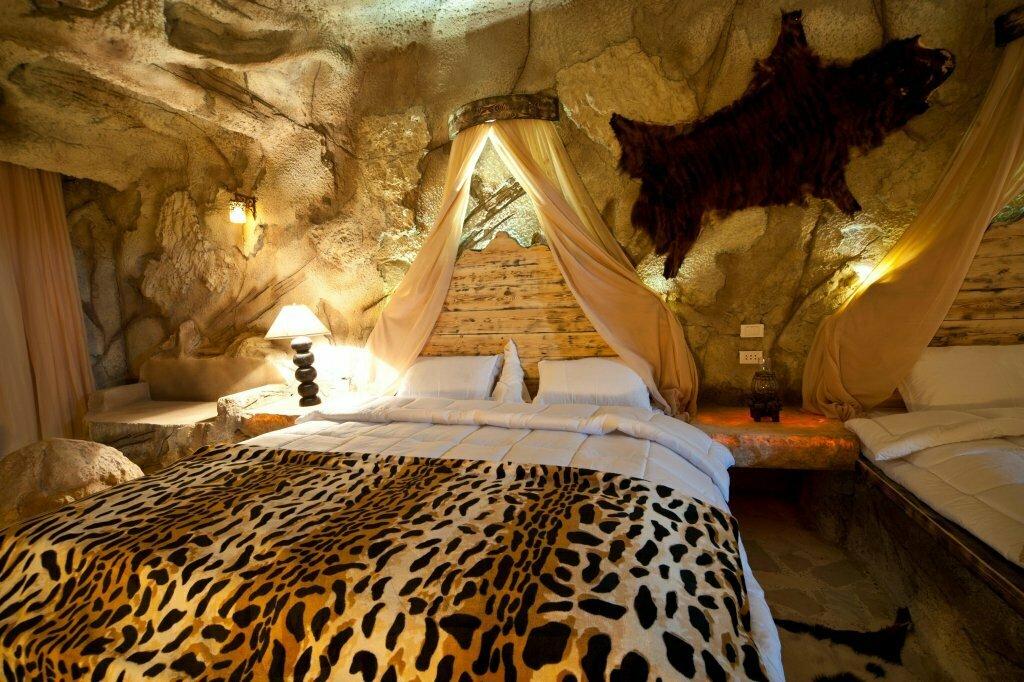Отели в пещерах: самые необычные места для ночёвки