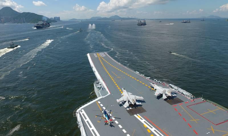 Китай указал на «врожденные» дефекты авианосца Liaoning