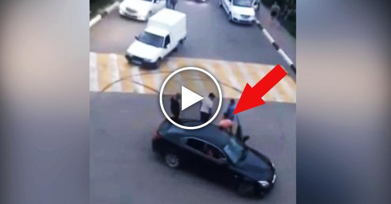 Простой водитель ИЖа наказал пьяное быдло на Лексусе