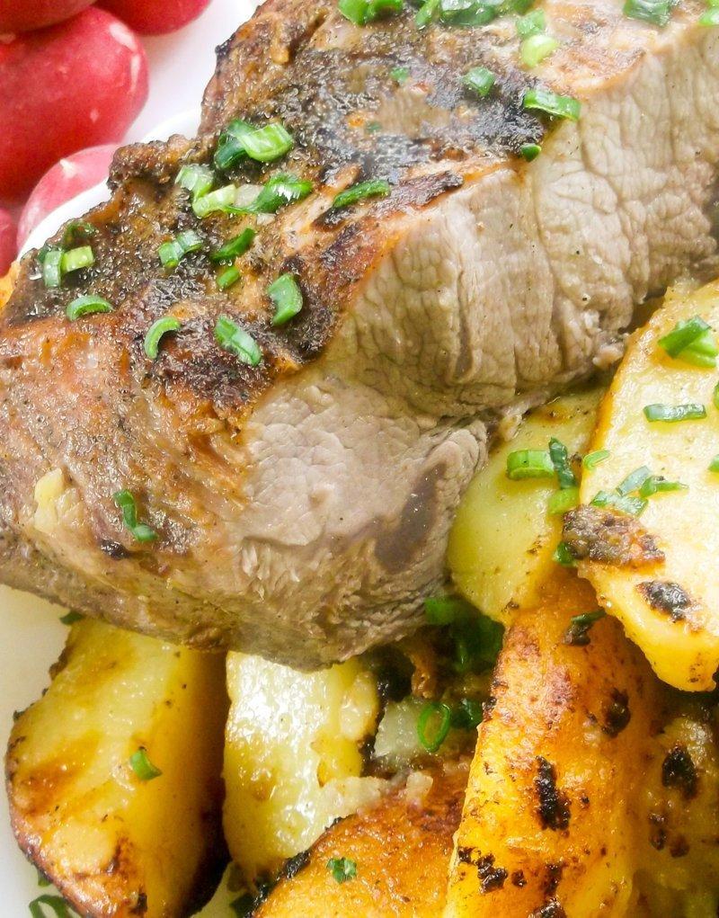 Как правильно пожарить свинину. Жарим мясо на сковороде с картофелем видео, еда, кулинария, мясо, рецепт
