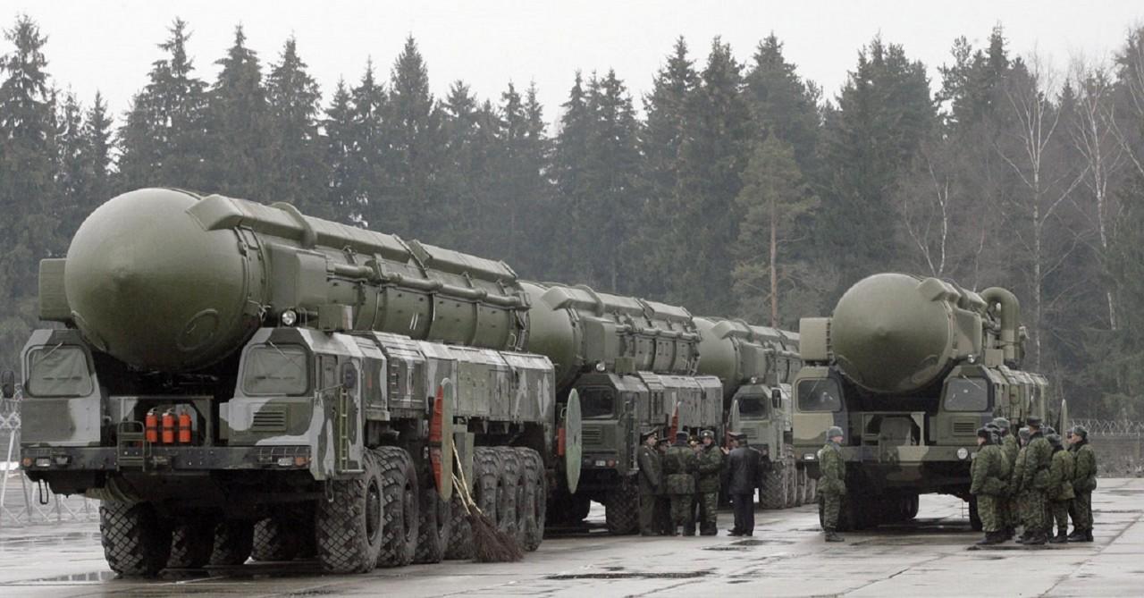 Госдеп сравнил количество ядерных боезарядов у России и США