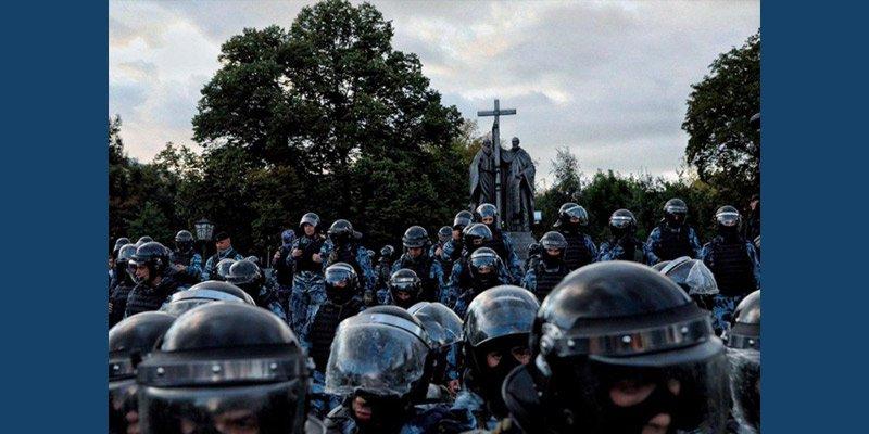 Взгляд на столичные протесты из российской глубинки