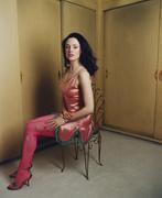 Роуз Макгоун(Rose McGowan) в фотосессии Лоренцо Аджиуса(Lorenzo Agius) (2001).
