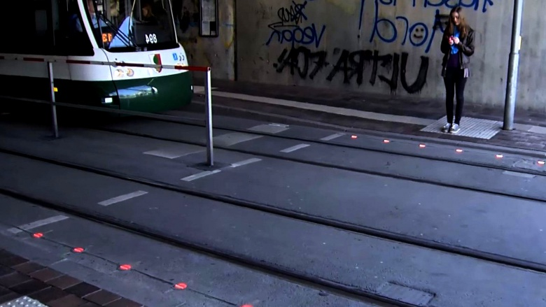 """""""Лежачие"""" светофоры: борьба с последствиями, но не с причиной"""