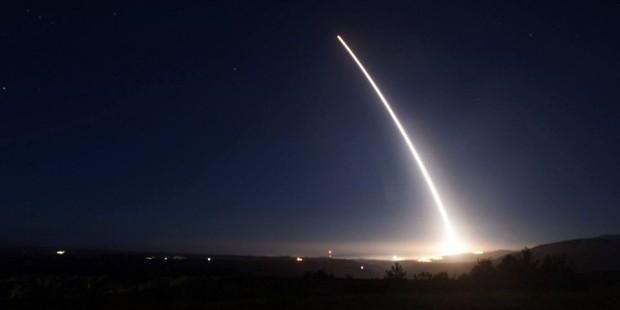 США испытают межконтинентальную баллистическую ракету Minuteman