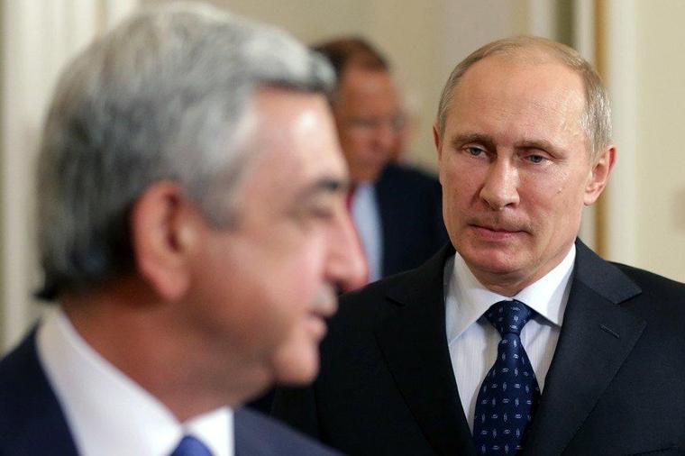 Путин и Саркисян обсудили по…