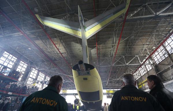 Авиастроению в Украине - быт…