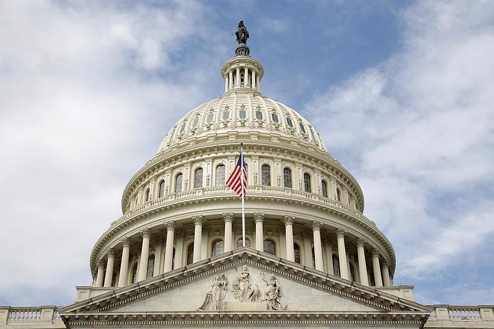 В конгрессе США приняли закон, запрещающий помогать восстановлению Сирии