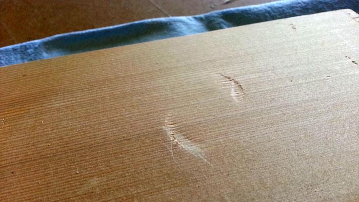 Как удалить вмятину на древесине