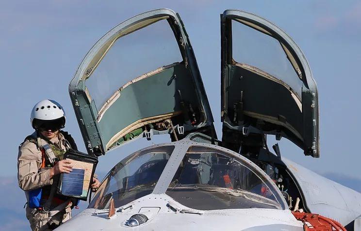 Шойгу заявил о нехватке 1,3 тыс. военных летчиков