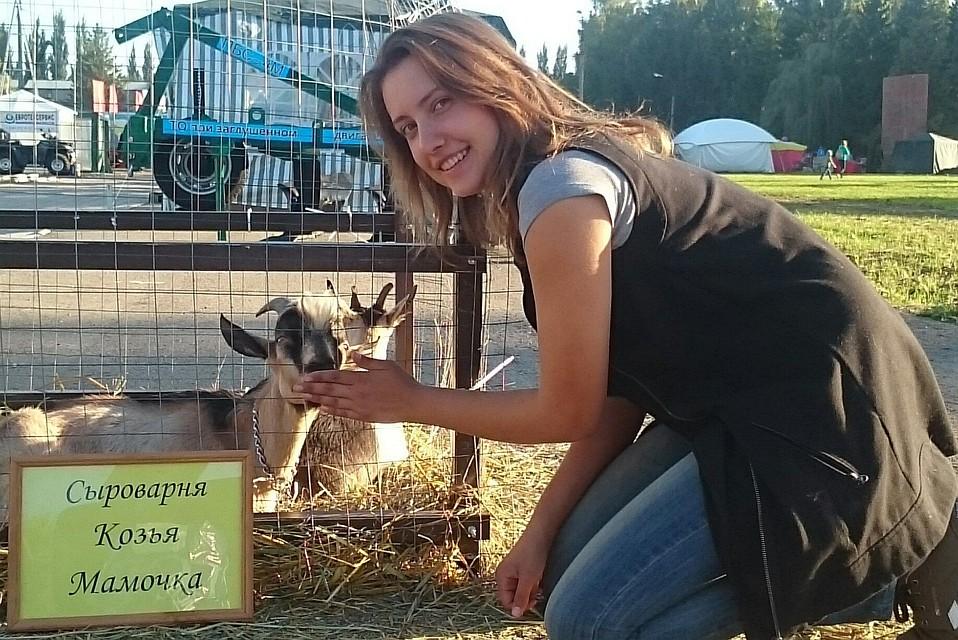 Хотела учиться за границей, но уехала в село: 24-летняя девушка-сыровар из Самары вошла в тройку лучших предпринимателей России.