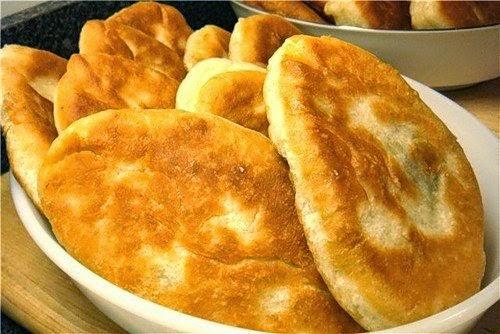 Очень вкусные пирожки, мягкие, готовятся легко, быстро и из самых простых продуктов