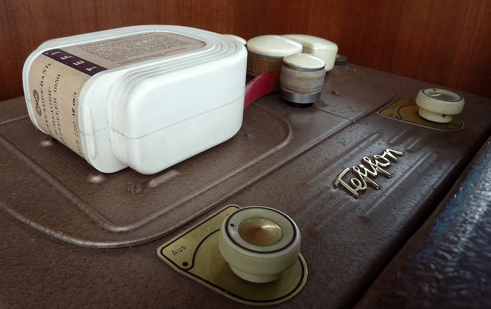«Между винилом и кассетой»: история тефифона