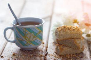Почему не стоит пить чёрный чай сразу после еды?