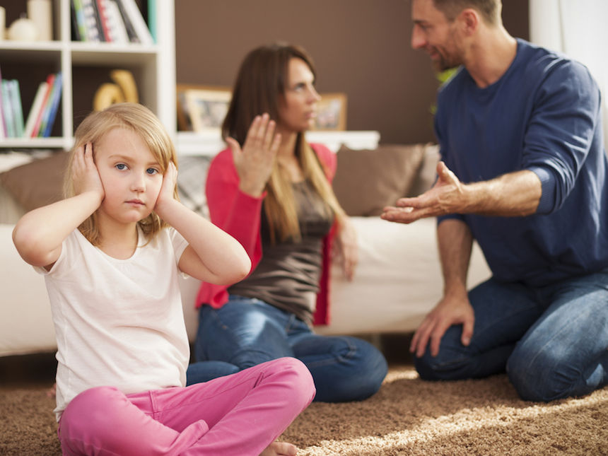 Кризис отношении семьи