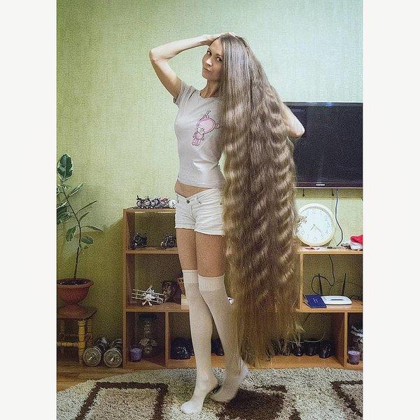 Русская «Рапунцель» Дарья Губанова сводит мир с ума.