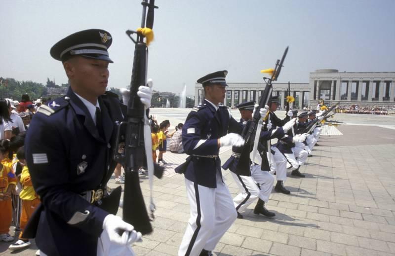 КНДР больше не враг Южной Корее?