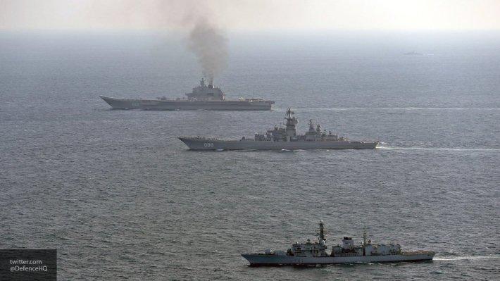 В Минобороны раскритиковали новый авианосец Британии, назвав его «удобной целью»