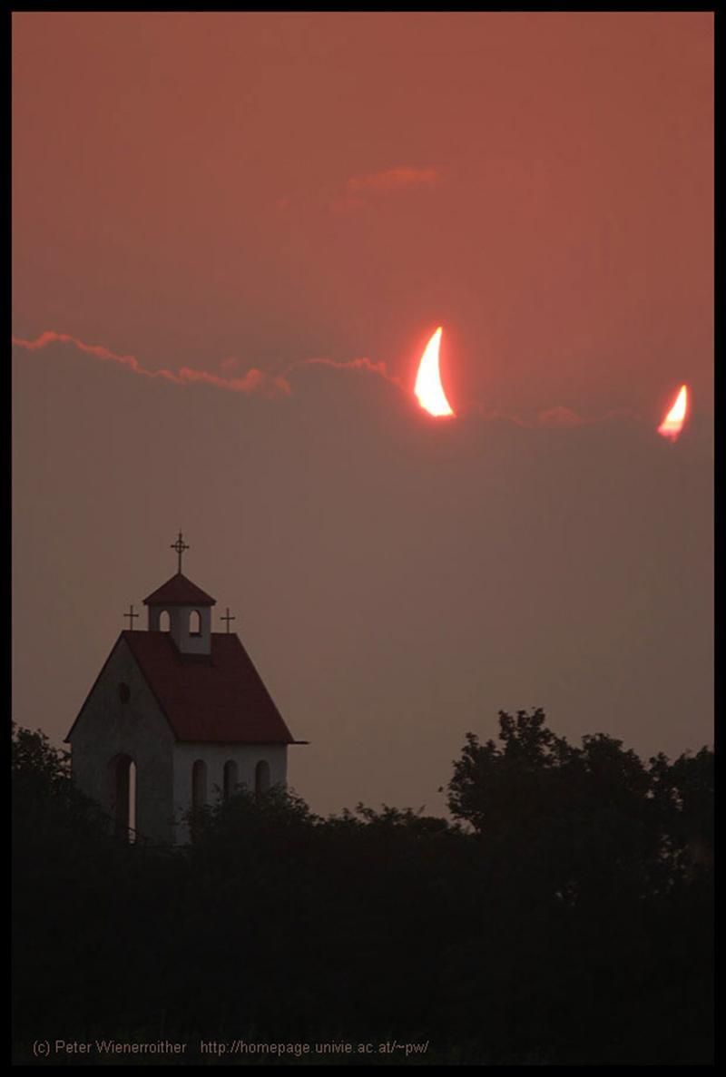 partial-solar-eclipse-devil-horns-sun