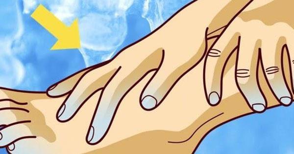 Все время мерзнут руки и ноги? Мы расскажем вам, как улучшить кровообращение и предотвратить серьезную болезнь