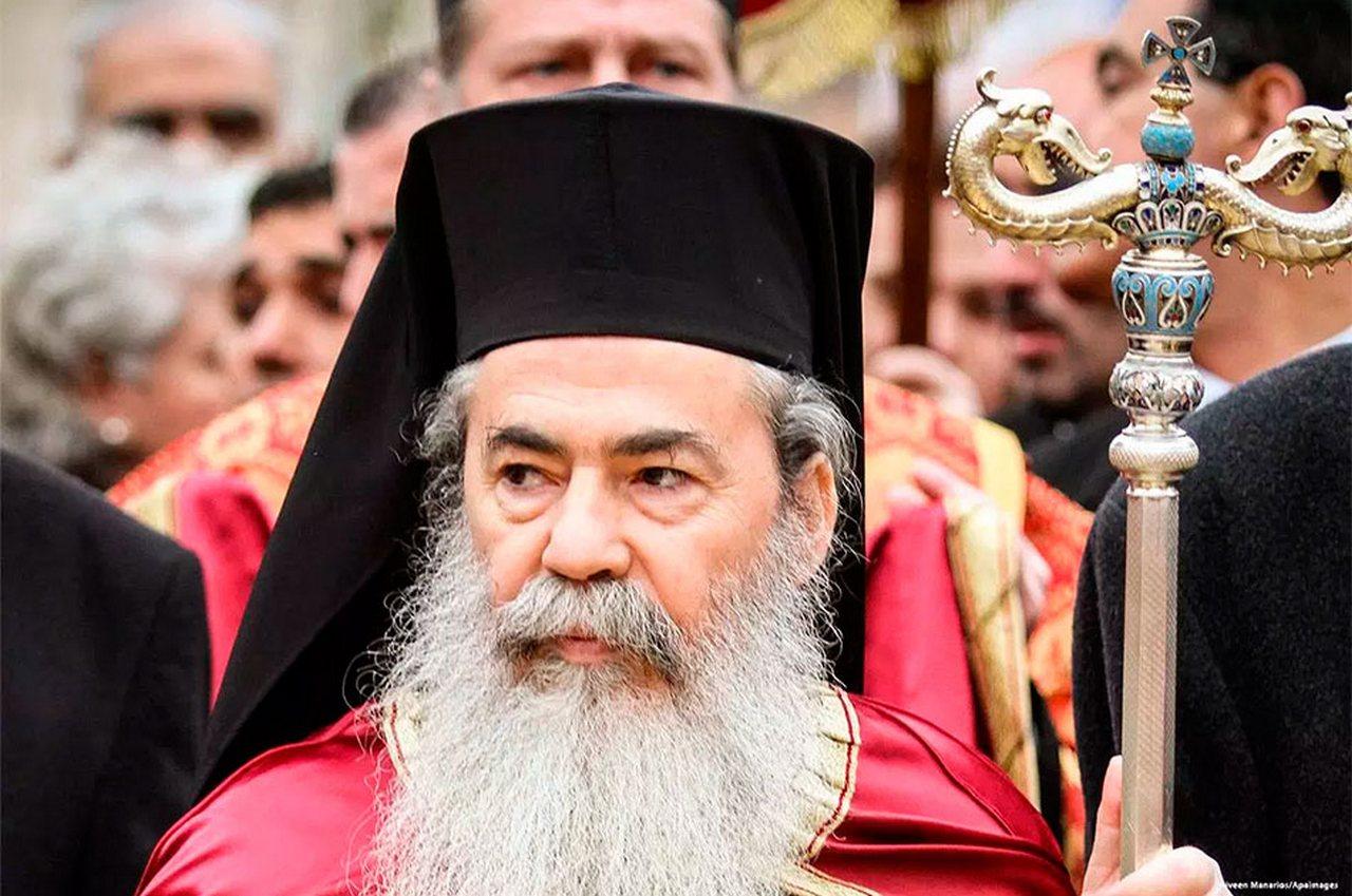 Почему патриарх Иерусалима отменил встречу с Порошенко?