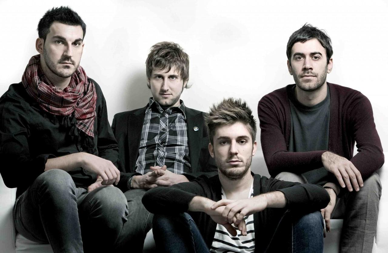 Итальянская рок-группа удиви…