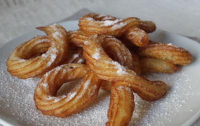 Воздушные крендельки (чуррос). Рецепт крендельков с сахаром!