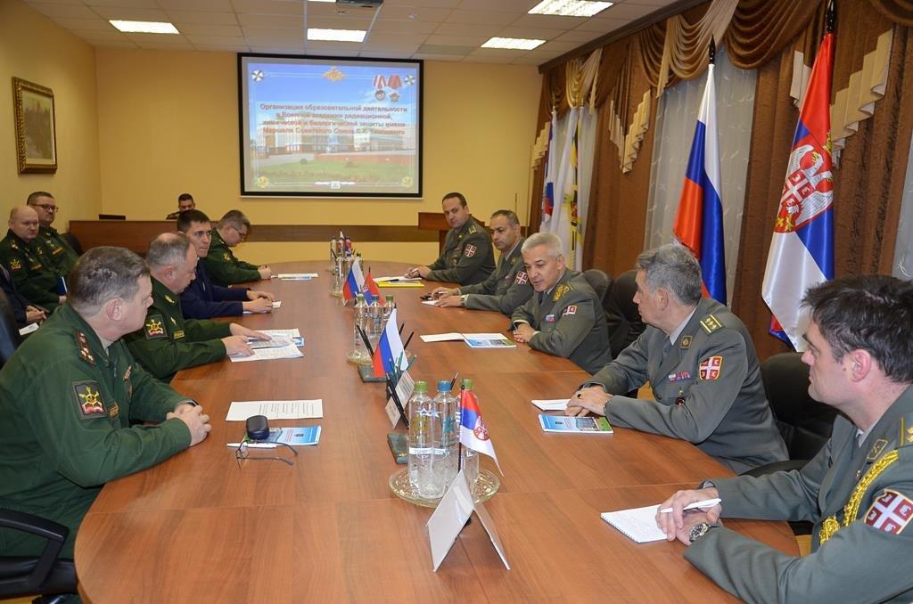 «Нам нужен союзник на Балканах»: эксперт объяснил цель сотрудничества России с Сербией в сфере РХБЗ