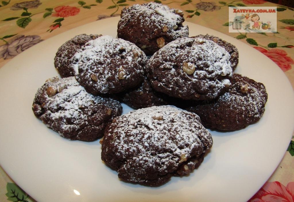 Постное шоколадно-ореховое печенье