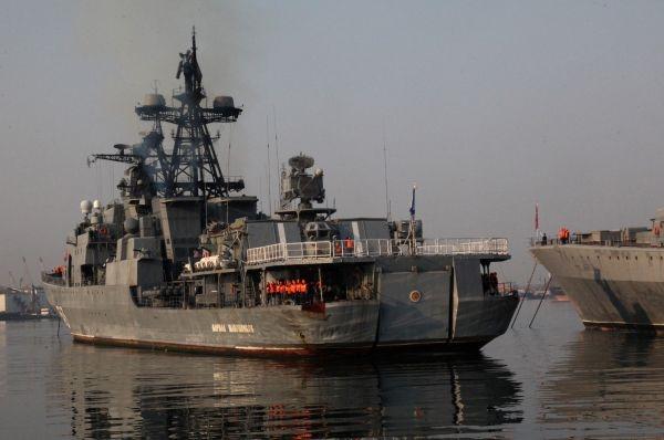 Врезультате пожара накорабле ТОФ впорту Владивостока никто непострадал