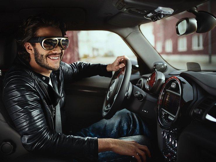 Почему водителю нужны очки даже при хорошем зрении