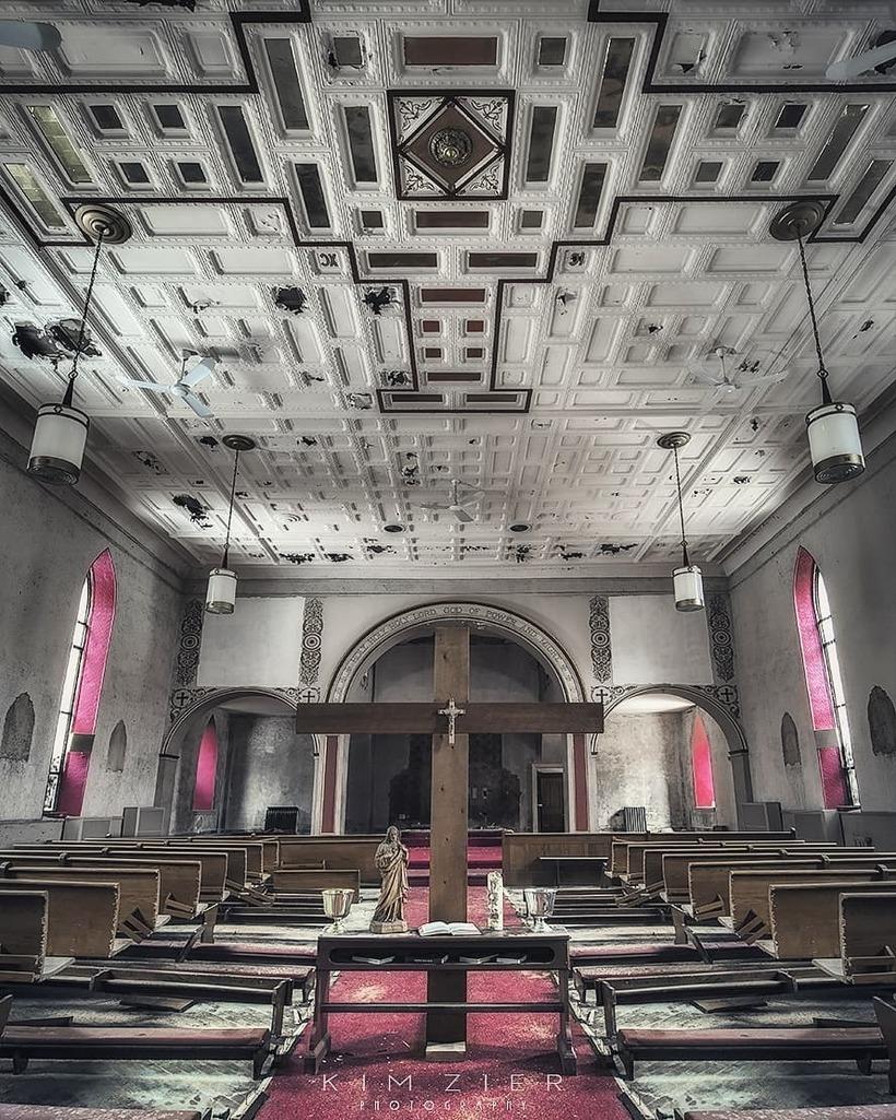 Бесподобно прекрасные снимки заброшенных мест от Кима Зира