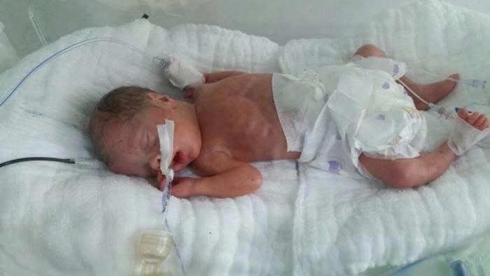 Прошло ещё 10 часов, прежде чем Блейк впервые смогла увидеться с новорожденной дочерью в мире, дети, заложники, люди, новости, турция