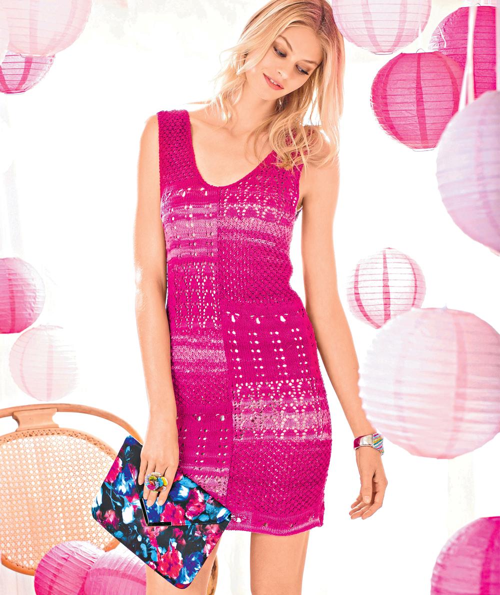 Платье с сочетанием узоров спицами