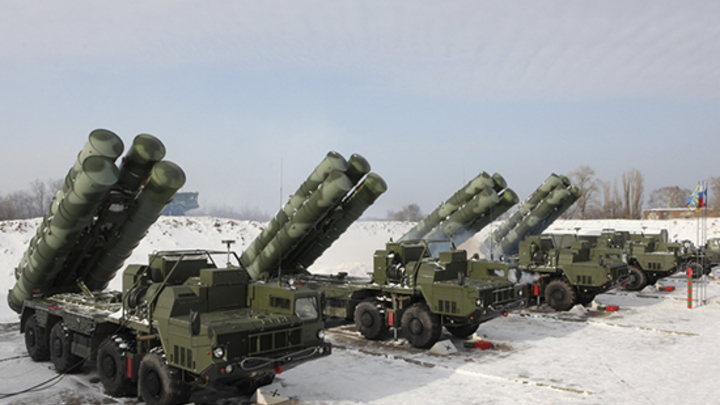 """Турцию не убедили, взялись за Индию: В Пентагоне настаивают на """"невыгодности"""" закупок С-400"""