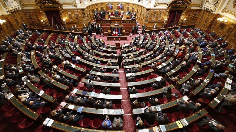Французский сенатор призвал защитить Украину от «русского людоеда»
