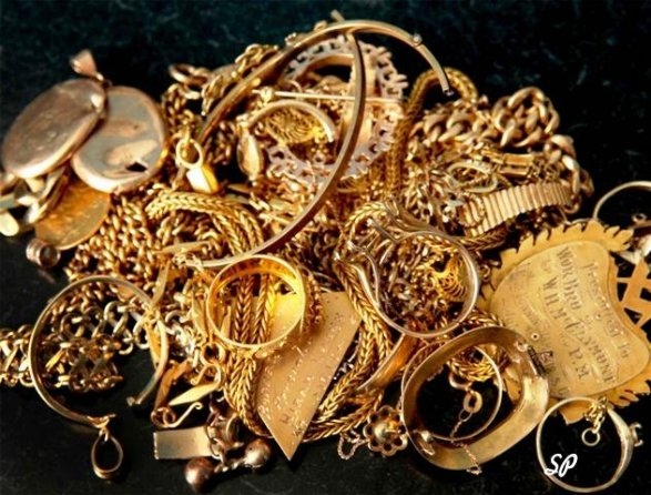 Эффективный метод очистки изделий из серебра и золота!