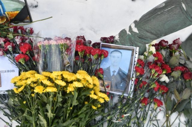 Изгнанный с телеэфира эксперт пообещал извиниться перед семьей Филипова