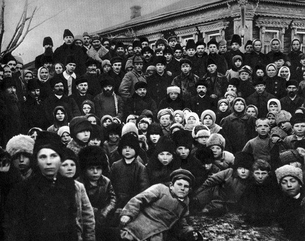 Что сделал Ленин для людей, когда пришёл к власти.