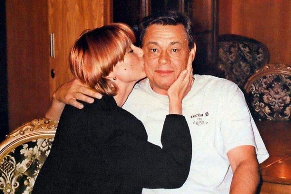 Любовница Караченцова испове…