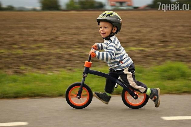 Названы скрытые опасности популярных видов детского транспорта