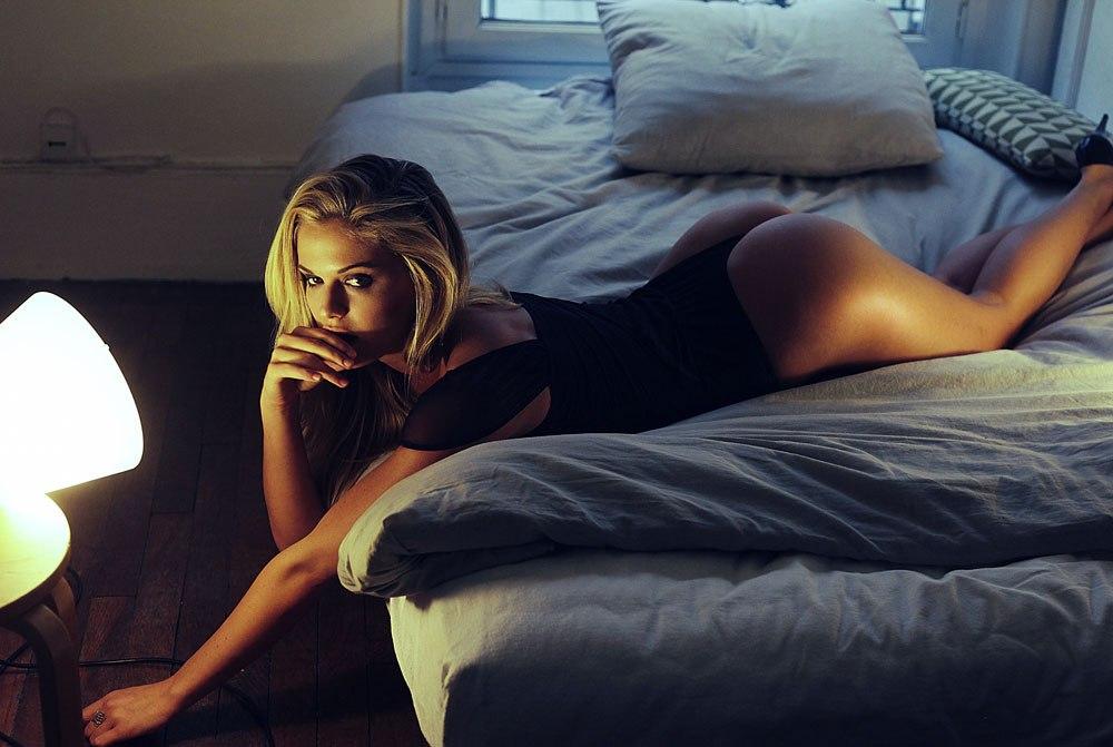 Подборка фотографий красивых эротичных девушек